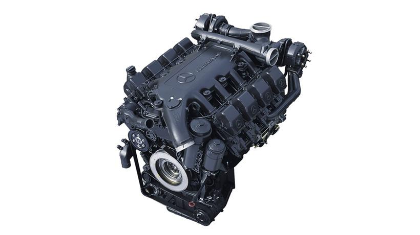 Двигун. Кормозбиральний комбайн CLAAS JAGUAR 870-830