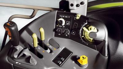 Управління. Трактор CLAAS ARION 640-620