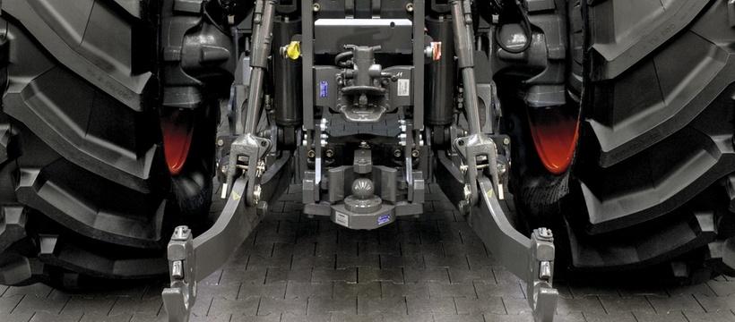 Навішування. Трактор CLAAS XERION 5000–4000