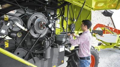 Технічне обслуговування. Зернозбиральний комбайн CLAAS AVERO 240/160