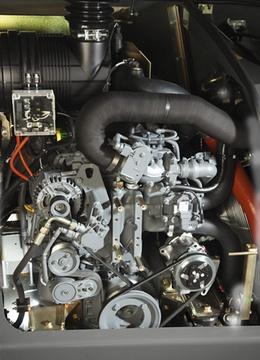 Двигун. Телескопічний навантажувач CLAAS SCORPION 9055-6030