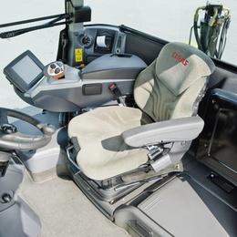 Сидіння. Трактор CLAAS XERION 5000–4000